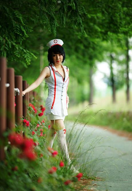 卡丽/英雄联盟妹子COS 制服诱惑 护士皮肤阿卡丽