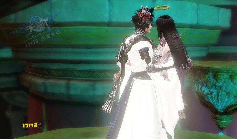 玩家原創精美彩繪:天諭男浮世和女沉錦時裝