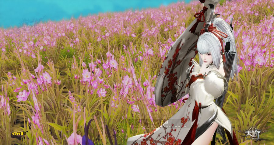 天谕丽体形女捏脸截图分享与星茸花海自拍照